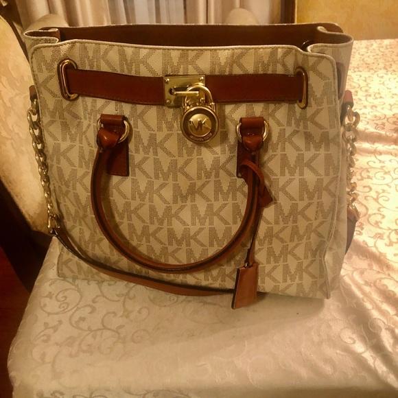 MK bag- Large Michael Kors Accordion Tote bag